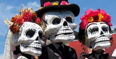 День мертвых: изобретение традиции