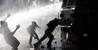 Треснувшая витрина «чилийского чуда» (+видео)