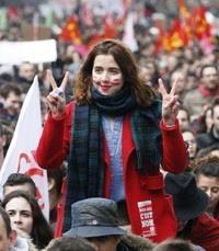 Франция: борьба за спасение госсектора