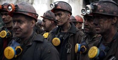 Anrtatsit: sciopero sottoterra