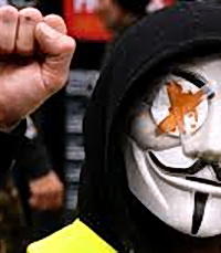 «Это другое». Протесты в Минске и погромы в Париже