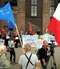 Заробитчане в Европе: жизни украинцев важны