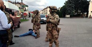 Теракт в Луцке: народ не верит властям