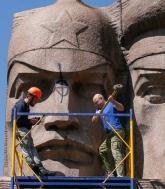 Историк, обеляющий прошлое Украины
