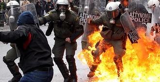 Афины в огне (+фото)