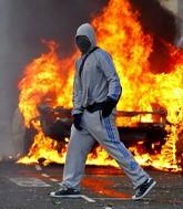 Англия: бунты были политическими (+фоторепортаж)